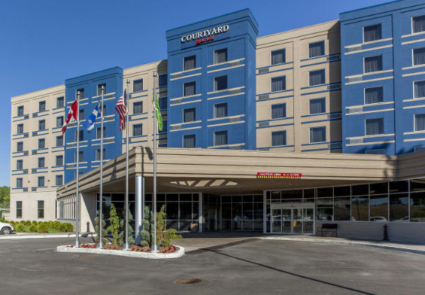 "<a href=""http://www.marriott.com/hotels/travel/yulbd-courtyard-montreal-west-island-baie-d%E2%80%99urfe/"" target=""_blank"" rel=""nofollow""><i class=""fa fa-calendar-o""></i> More Information & Availabilities</a>"